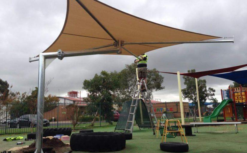 shadesailsumbrellas-825x510